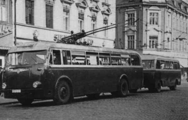Trolleybus no. 09(II) of the GDR-type LOWA W 602a (out of service)