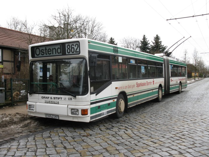 Articulated trolleybus no. 038 of the Austrian type ÖAF Gräf & Stift NGE 152 M18