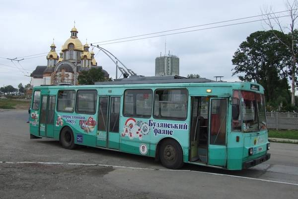 Trolleybus no. 02(IV) of the Czech type ŠKODA 14 Tr03 in Iwano-Frankowsk/UA with the car no. 159
