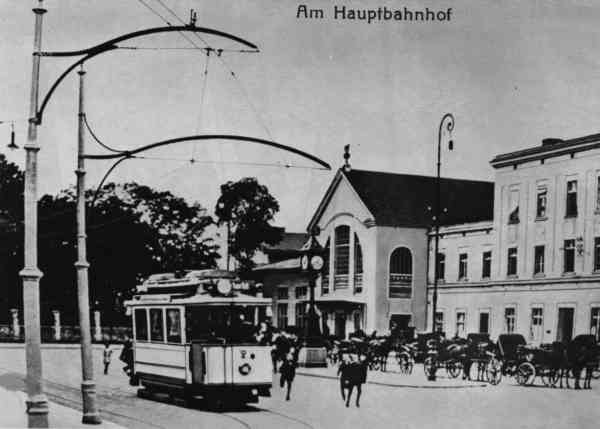 Tramcar no. 2 of the Eberswalde tram at the main station
